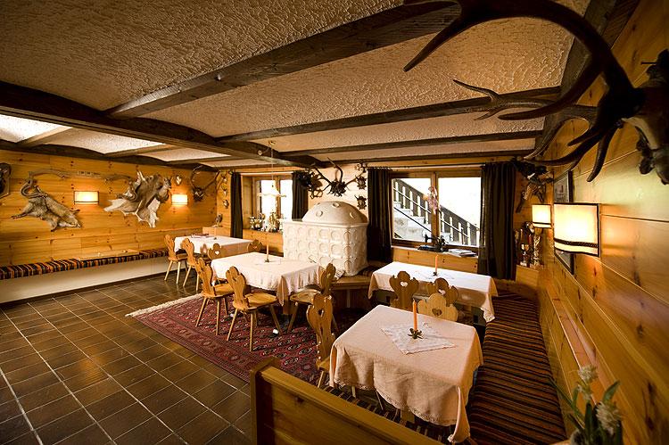 Soggiorno in Val di Fassa nel cuore delle Dolomiti - B&B ...